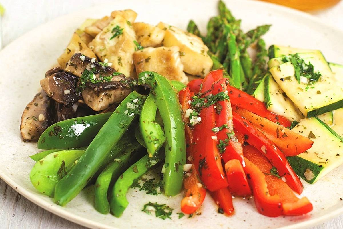 The menu at De Robertis includes a varied, healthy and mouth-watering Mediterranean food